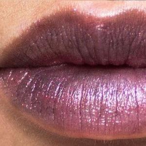 """NIB MAC Metallic """"METAL HEAD"""" Lipstick"""